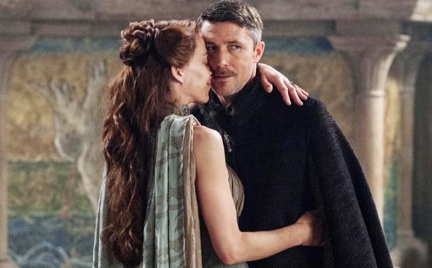 Quand Lysa retrouve Petyr, j'ai juste envie de dire... Voilà voilà.
