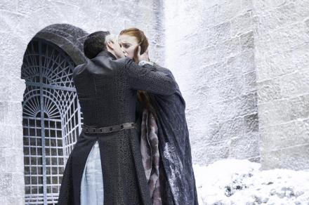 Sansa & Dark Baelish, pendant le drame.
