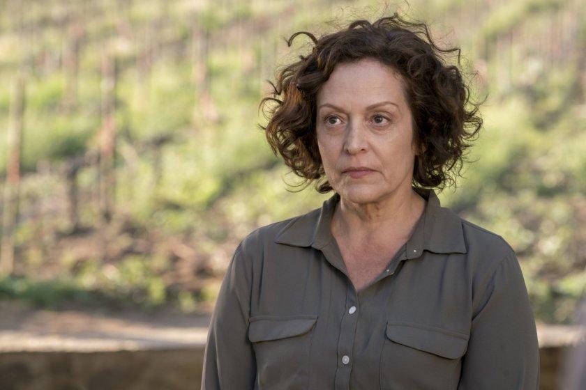 Marlene-Forte-Celia-Flores-Fear-the-Walking-Dead-Saison-2